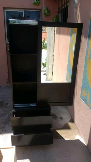 Mueble botiquin con espejo y puerta habatible posot class for Mueble botiquin