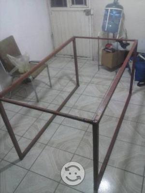 Base de fierro para mesa de trabajo