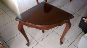 Credenza o mesa esquinera fina de caoba con vidrio muy buen