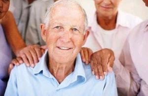 Cuidadora de adultos mayores o cuidó Tamb niños