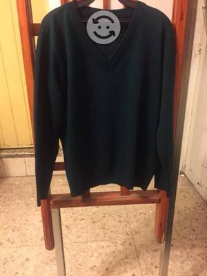 Precioso suéter verde para secundaria