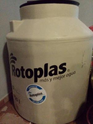 Se vende Tinaco Rotoplas de 450L (Delegación Azcapotzalco).