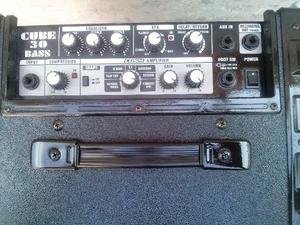 Amplificador de bajo Roland Cube 30