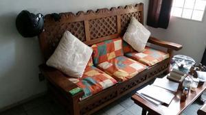 ¡Sala de madera en excelentes condiciones!