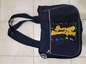 Bolsas y mochilas nuevas y seminuevas