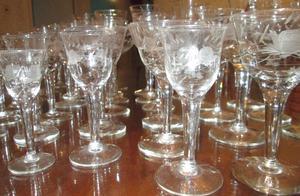 Copas de cristal, decoradas en talla a mano. ¡¡SE REMATA!!