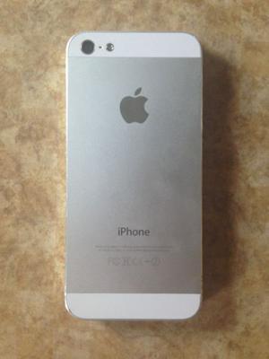 Pongo a la venta bonito Iphone 5g de 32 Gb con Kit de