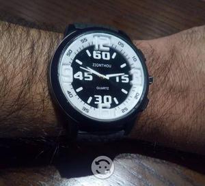 Reloj zionthou para hombre. nuevo