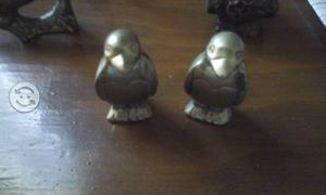 2 figuras en bronce
