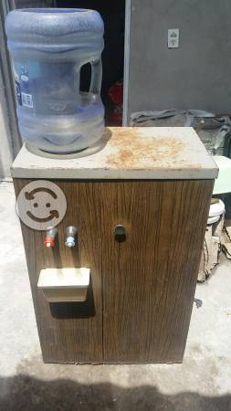 Despachador de agua fria caliente