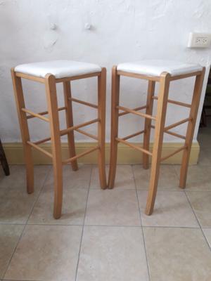 Barra movil de madera con cuatro bancos posot class for Bar movil de madera