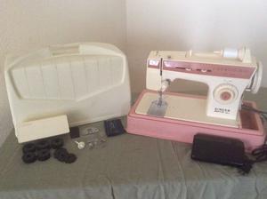 Maquina de coser Singer Merritt modelo