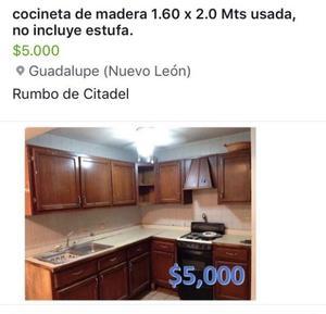 Cocineta de Madera de Pino(usada) no incluye estufa