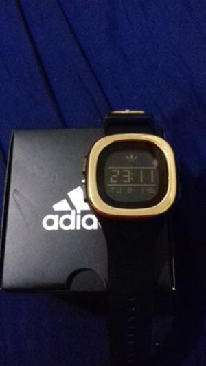 Vendo reloj adidas $ neg. urge!!!