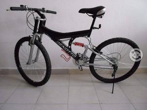 Bicicleta r26 benotto doble suspension