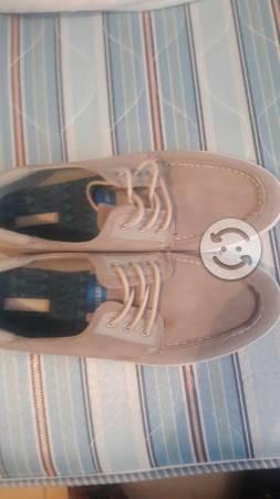 Zapatos nauticos pull and bear talla 7.5 nuevos