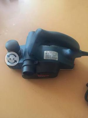 Cepillo eléctrico Bosch