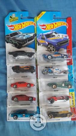 Coleccion hot wheels (10 piezas) NUEVOS