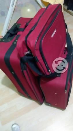 Juego de 3 maletas nuevas