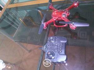 DRON en buen estado con camara