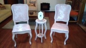 Recibidor de sillas antiguas