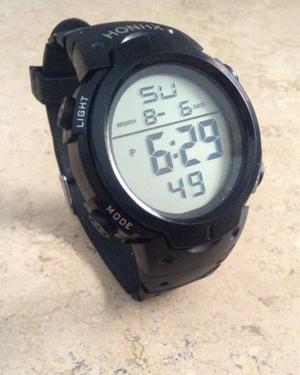 Reloj digital deportivo para hombre
