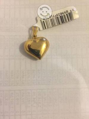 Dije de corazón de oro laminado marca SKILLUS