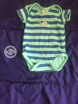 Lote citó de ropa de bebe talla 3/6 meses