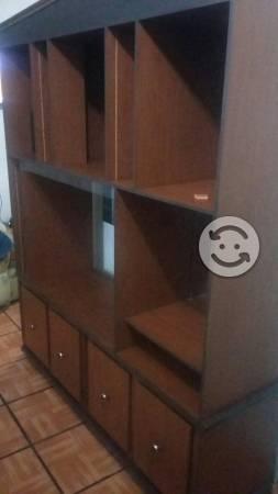 Mueble muy bonito en buen estado