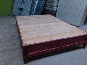 Vendo base de madera matrimonial c/2 cajones