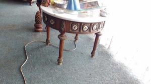 Juego de 2 mesas de centro y lateral de madera con bronce y