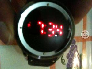 Reloj de LED ORIGINAL