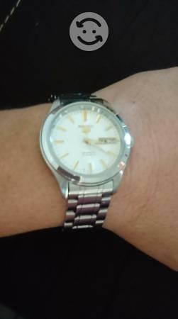 Vendo ó Cambio reloj