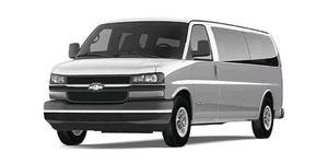 Renta de Camionetas Express Van Hiace y Urvan Sin Chófer.