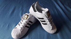 Adidas Super Star clasico T6.5mx (nuevo. y original)