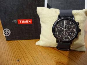 Relo timex nuevo,correa de piel,original,luz indig