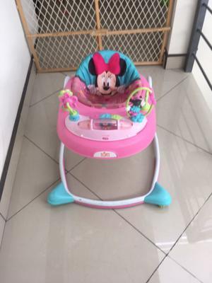 Andadera Minnie Mouse