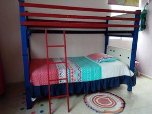 Litera metàlica (camas individuales)
