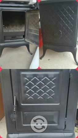 Se vende estufa de leña fierro.vaceado