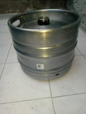 barril de cerveza de 29 litros casi 30