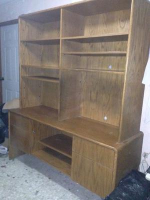Excelente Librero 100 % madera