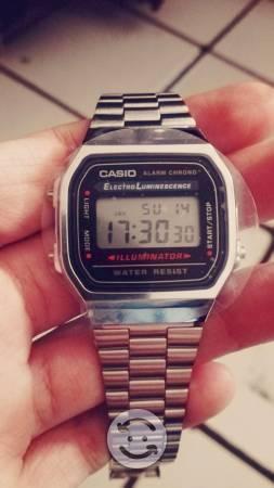 Reloj casio plata