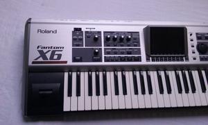 Teclado Roland Fantom X6 61 teclas