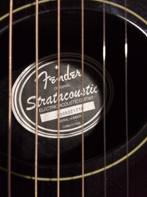 Guitarra electroacustica fender stratacoustic
