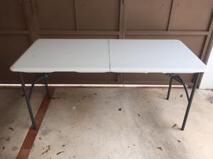 Mesa plegable lifetime rectangular 122cm x 61cm posot class for Mesa plegable lifetime