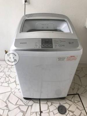 Lavadora de 16 kg, 3 meses de uso