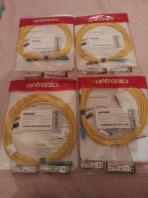 Cable fibra optica y conectores gbit