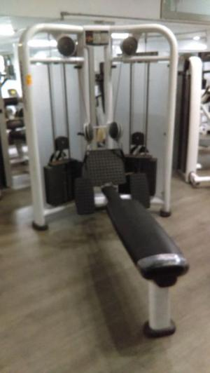 Circuito Life Fitness, Row y Chest Press