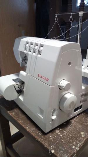 Maquina de coser OVER singer