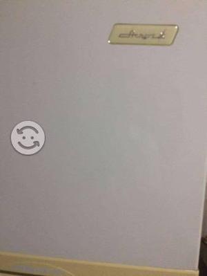 Venta de refrigerador acros 13 pies